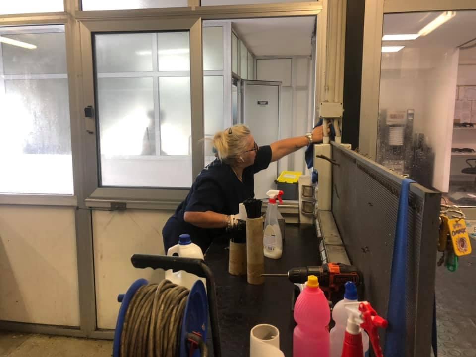 pulizia aree di lavoro
