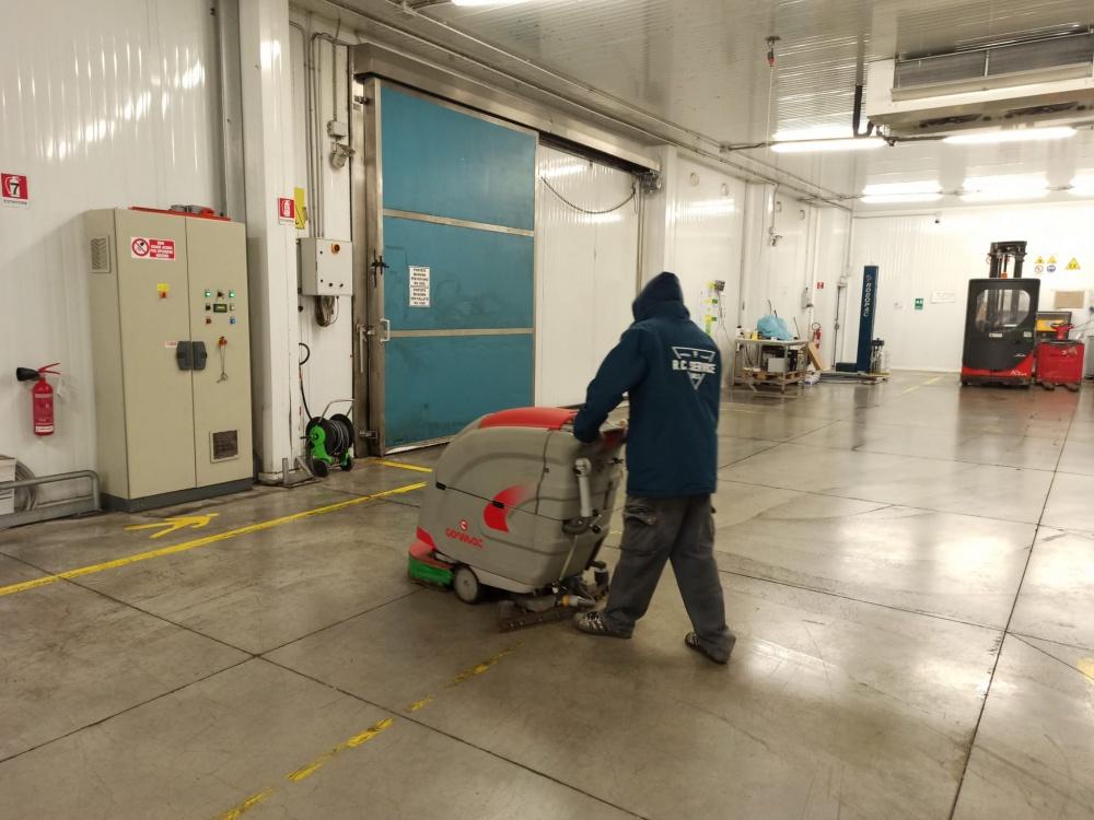 pulizia capannoni livorno